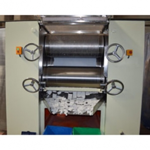Soap-Three-Roller-Mill-Machine